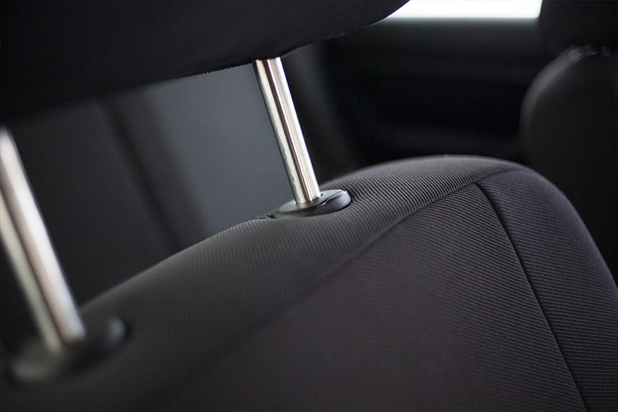 Dacia Sandero Grau Universal Sitzbezüge Sitzbezug Auto Schonbezüge Elegance P1